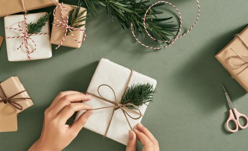 7 Holiday Gift Ideas for People You Don't Know Too Well
