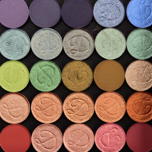 Devinah Cosmetics Matte & Pressed Pigment Shadow Swatches x53
