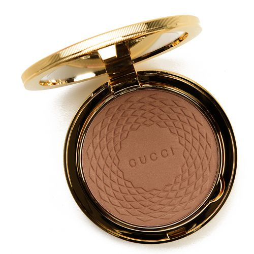 Gucci Light (02) Soleil Bronzing Powder Review & Swatches