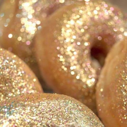 17 Glitter-Filled Recipes for New Year's Eve You Can Make Right Now