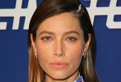 Jessica Biel Uses This Concealer-Moisturizer Combo Instead of Foundation for That Iconic Glow