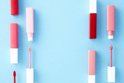 10 Best Drugstore Lip Gloss You'll Obsess With