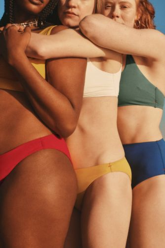 Everlane's First-Ever Swimsuits Are As Incredible As You'd Expect