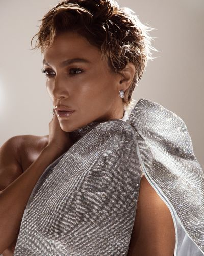 Jennifer Lopez Just Debuted a Pixie Cut and, No Surprise Here, She Looks Fierce as Hell