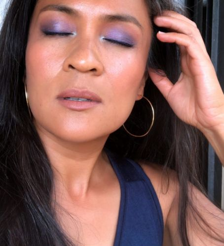 FOTD: Violet Tendencies and a Shout-Out to the Early Aughts With an Icy Blue Highlight!