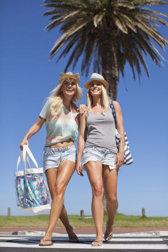 Best Products to Pack For Your Beach Bag