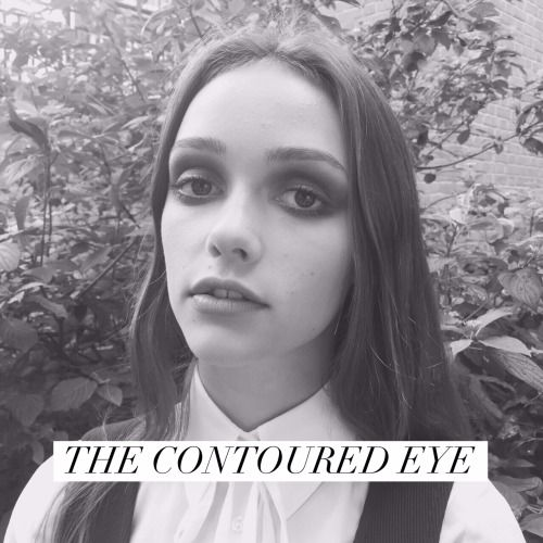 LET'S TALK ABOUT THE CONTOURED EYE.There are certain elements of